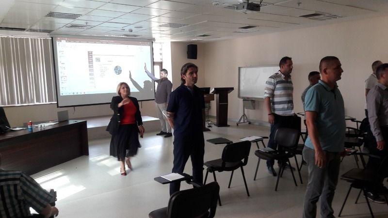 Bursa Büyükşehir Belediyesi tarafından iletişimcilere uzmanlık eğitimi verildi. Türkiye Belediyeler Birliği Akademisi Eğitmeni Devlet Tiyatrosu Dramat