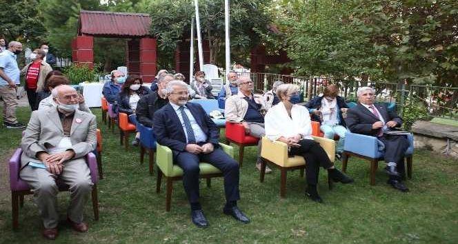 Nilüfer Belediyesi, Nilüfer Kent Konseyi ve Dil Derneği tarafından Dil Bayramı'nın 89. yıl dönümünde etkinlik düzenlendi. Dil Bayramı etkinliğinde Tü