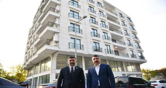 Yıldırım Belediye Başkanı Oktay Yılmaz, Bursa Teknik Üniversitesi Rektörü Prof. Dr. Arif Karademir ile birlikte 152 Evler mahallesine kazandırılacak y
