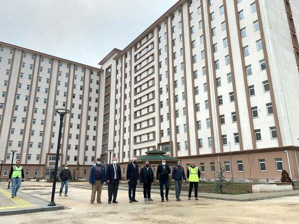 Bursa'daki 7 bin olan yurt yatak kapasitesi, yapılması planlanan yeni yurtlarla birlikte 15 bin 700 yatağa ulaşacak.