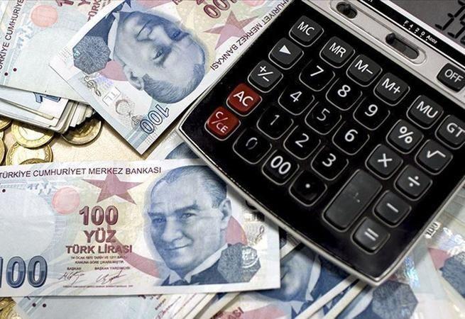 Memur-Sen Genel Başkanı Ali Yalçın, milyonlarca memurun beklediği 3600 ek gösterge için kasım ayına işaret etti. 3600 ek gösterge teklifinin kendileri
