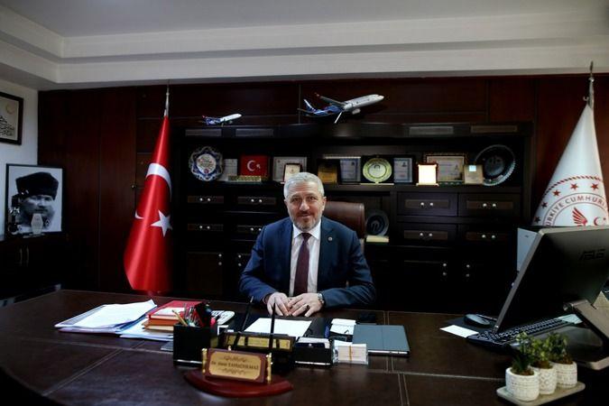 Bursa İl Sağlık Müdürü Dr. Fevzi Yavuzyılmaz Bursa'daki vaka yoğunluğunun arttığına dikkat çekerek vaka sayılarını aşağıya çekmek için öncelikle aşı