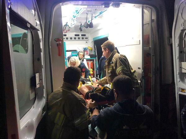 Bursa'nın Çalı Mahallesi'nde bulunan ormanlık arazide meydana gelen kazada off-road yapan araç takla atarak ormanlık araziye uçtu. Kazada 1'i ağır 2 k