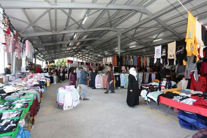 Yenidoğan Kapalı Pazarında ilk alışveriş heyecanı