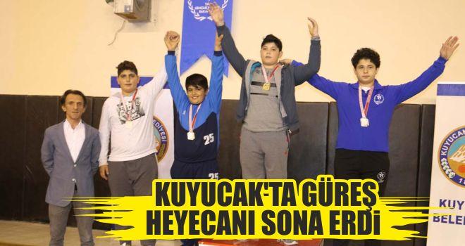Kuyucak'ta güreş heyecanı sona erdi