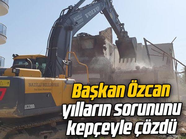 Başkan Özcan, yılların sorununu kepçeyle çözdü