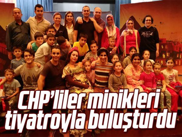 CHP'liler minikleri tiyatroyla buluşturdu