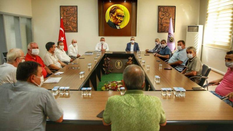 AK Partili Savaş, esnafın sorunlarını dinledi