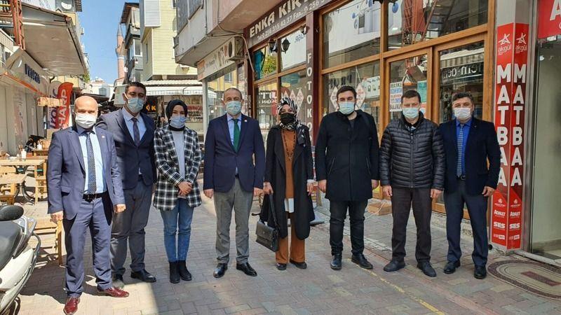 AK Parti'den Özmen'e 'hayırlı olsun' ziyareti
