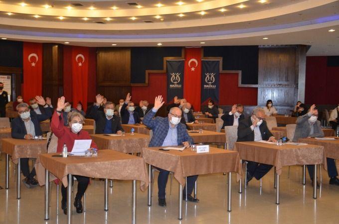 Belediye Meclisi'nde gergin toplantı