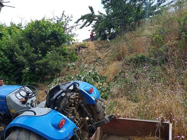 Kuyucak'ta traktör devrildi, 1 ölü