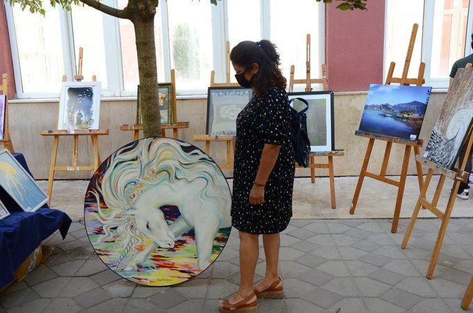 ADÜ Hastanesi'nde online resim sergisi
