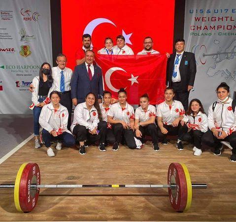 Başkan Özcan, Avrupa Şampiyonu Burcu'yu tebrik etti