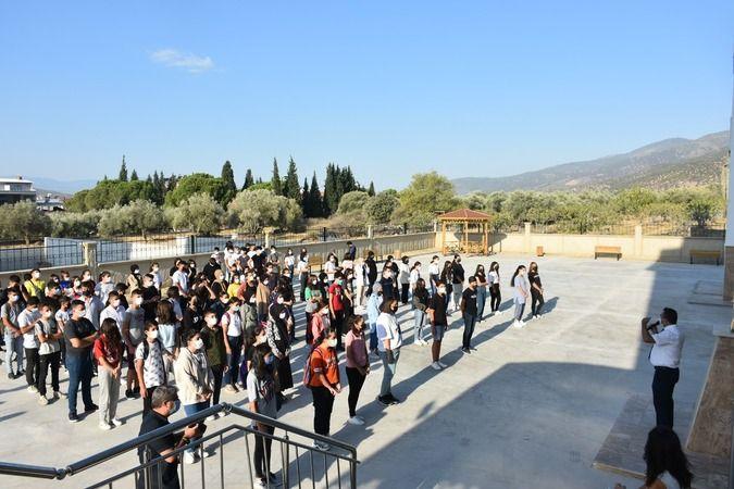 Buharkent Anadolu Lisesinde ilk ders zili çaldı