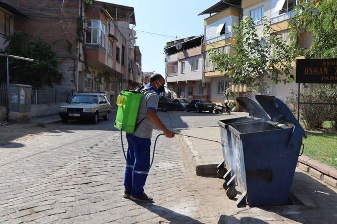 Nazilli'de çöp konteynerleri bir bir dezenfekte ediliyor