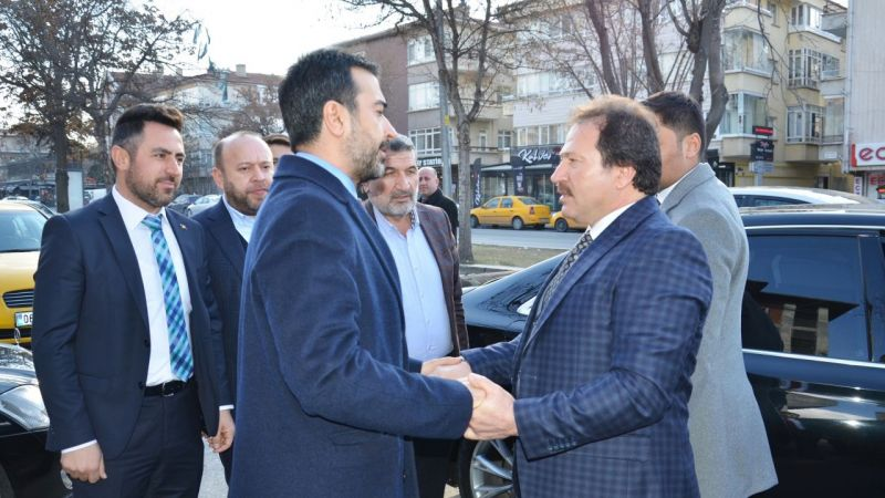 Hakan Han Özcan'dan Mehmet Yiğiner'e ziyaret