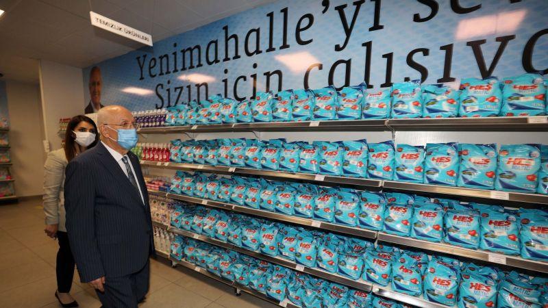 Başkan Yaşar, Derman Market'i Denetledi
