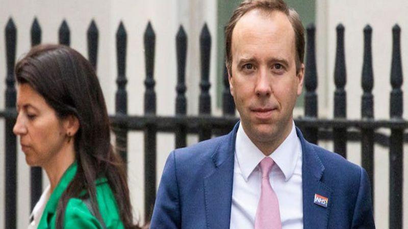 İngiltere'de skandal! Bakan karısını aldatırken yakalandı