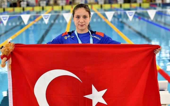 Milli yüzücülerden Avrupa rekoru! Merve Tuncel Kimdir?
