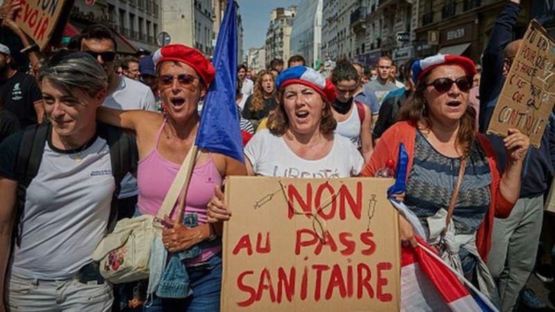 Fransa'da Hükümetin 'Aşı'lı Tedbirlerine Kundaklamalı Protesto