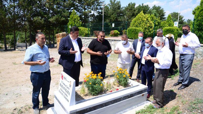 Kahramankazanlı Şehitler Mezarları Başında Dualarla Anıldı