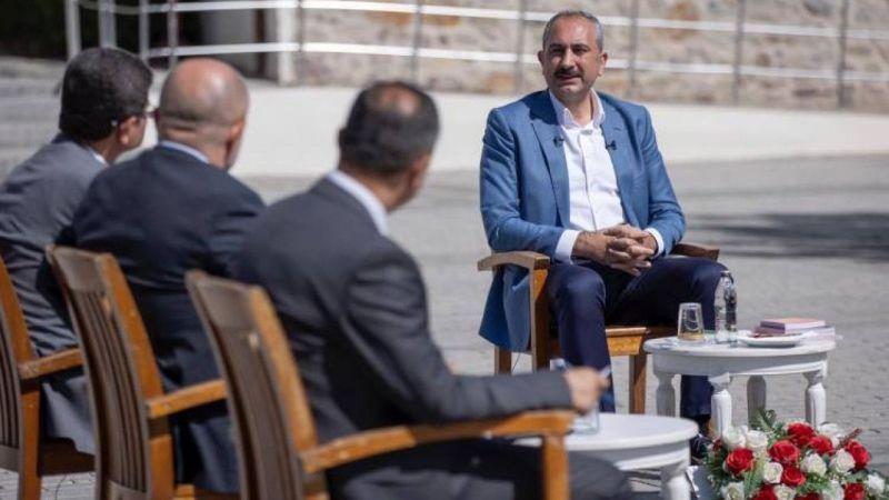 """Adalet Bakanı Gül: """"Yeni sivil anayasa tercih değil, zarurettir"""""""