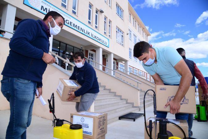 Ankaralı Belediyeden Okullara 20 tonluk temizlik ve dezenfekte malzemesi desteği!