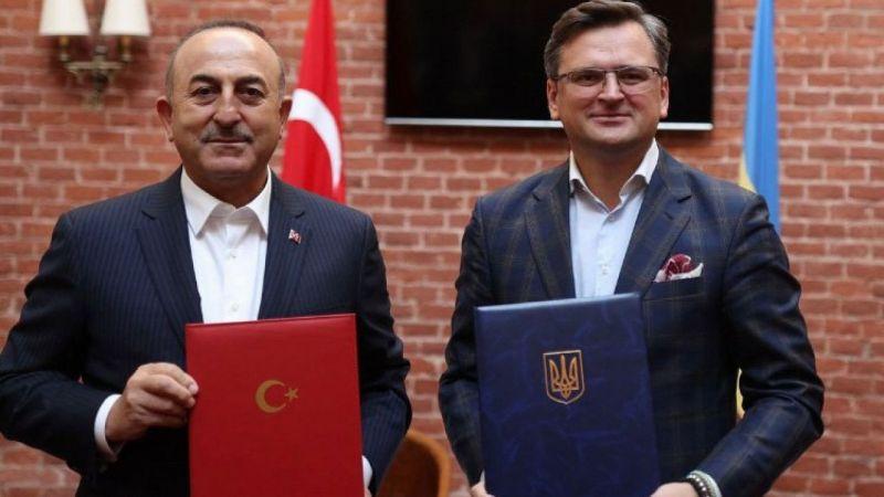 Bakan Çavuşoğlu'ndan Ukrayna'da 'Macron' eleştirisi