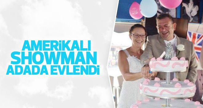 Amerikalı Şovmen Kuşadası'nda Evlendi