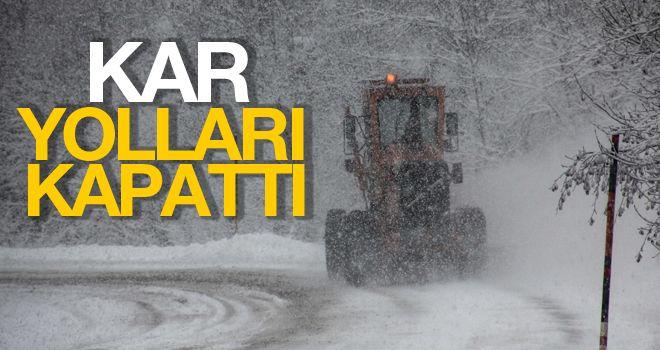 Kütahya'da kar yağışı ulaşımı olumsuz etkiliyor