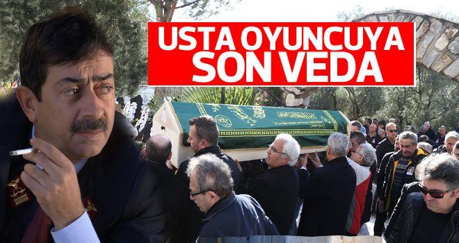 Oyuncu Özdemir son yolculuğuna uğurlandı