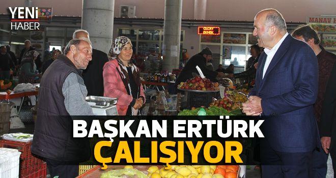 Başkan Ertürk çalışıyor