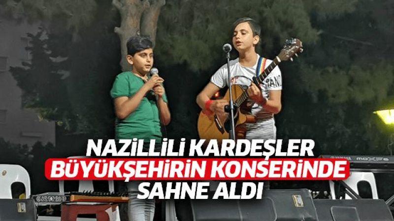 Nazillili müzisyen kardeşler sahne aldı