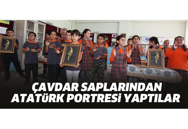 Çavdar saplarından Atatürk portresi yaptılar