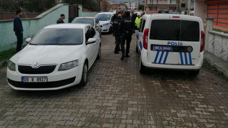 Nazilli'de nefes kesen kovalamaca.. Polis ekipleri kaza yaptı