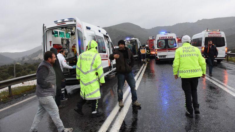 Aydın'da zincirleme trafik kazası: 1 ölü, 7 yaralı