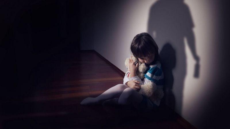 İğrenç olay! 5 yaşındaki öz kızına tecavüz etti