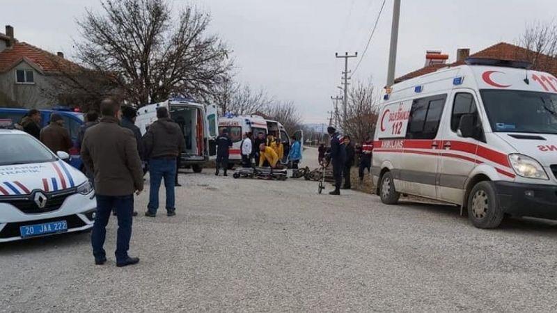 Denizli'de minibüsle çarpışan motosikletin sürücüsü öldü