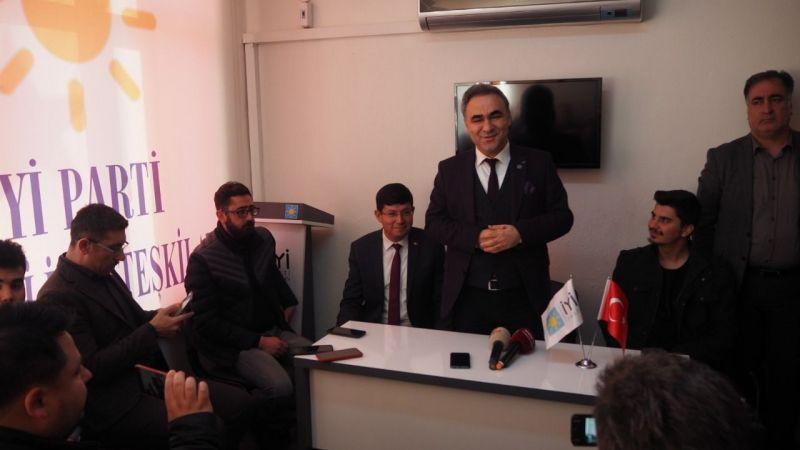 İYİ Parti Nazilli'de Öztürk adaylığını açıkladı