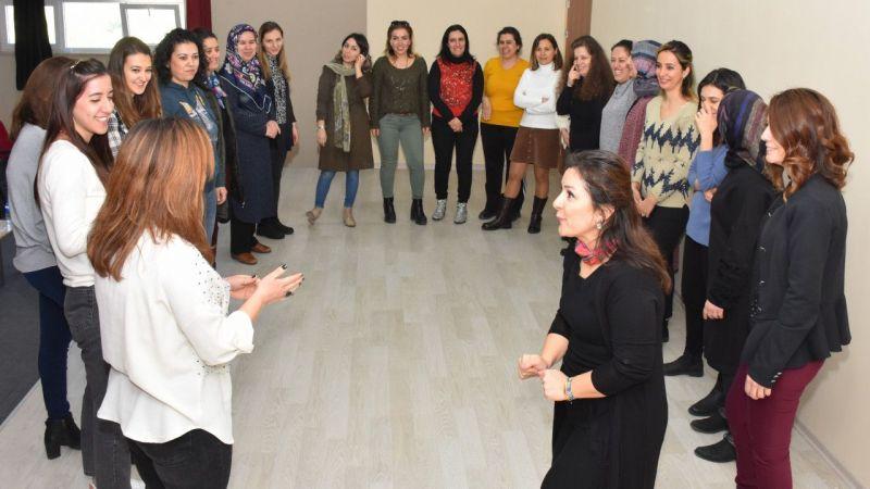 Germencik'te okul öncesi öğretmenlerine drama eğitimi