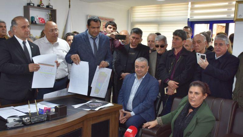 Çerçioğlu, zabıta aracına haciz konan ilçe belediyesini ziyaret etti