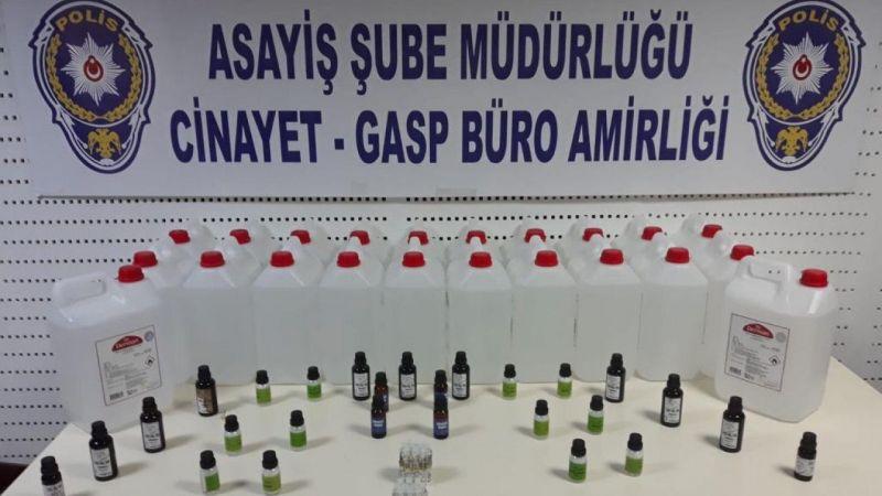 Aydın'da şüphe üzerine durdurulan araçtan 110 litre sahte etil alkol çıktı