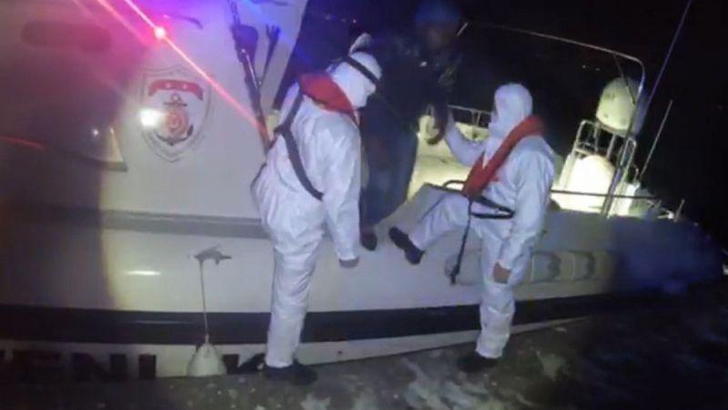 Aydın'da Türk kara sularına itilen 38 sığınmacı kurtarıldı