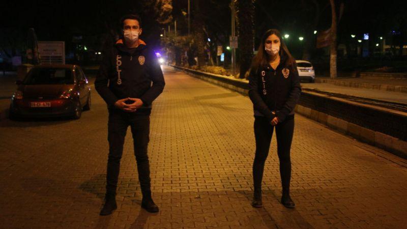 Aydın'da yeni evli polis çift, 2021'e birlikte nöbet tutarak girdi