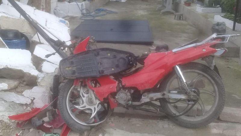 Aydın'da bahçe duvarına çarpan motosikletin sürücüsü öldü