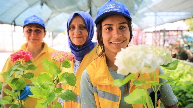 Büyükşehir 'Kadın Dostu Kent Aydın'da kadınları üretime yöneltiyor