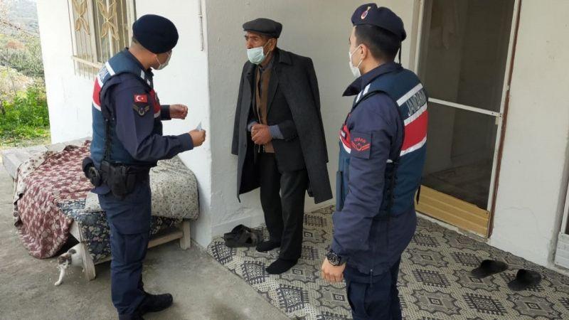 Aydın'da jandarmadan yaşlı vatandaşlara ziyaret