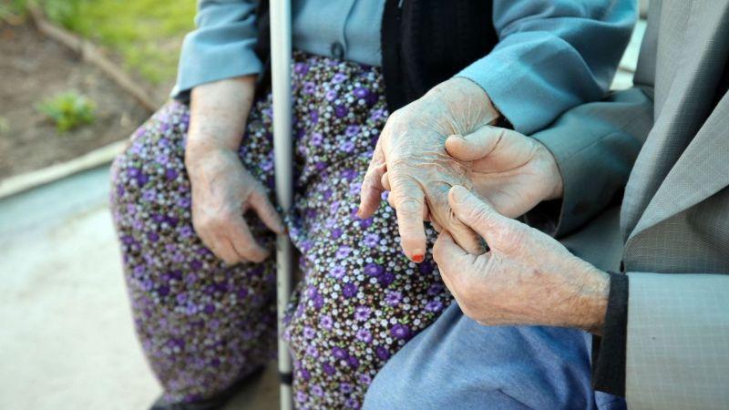 """Aydınlı çift 65 yıllık evliliklerini """"büyük bir sevgi"""" ile sürdürüyor"""