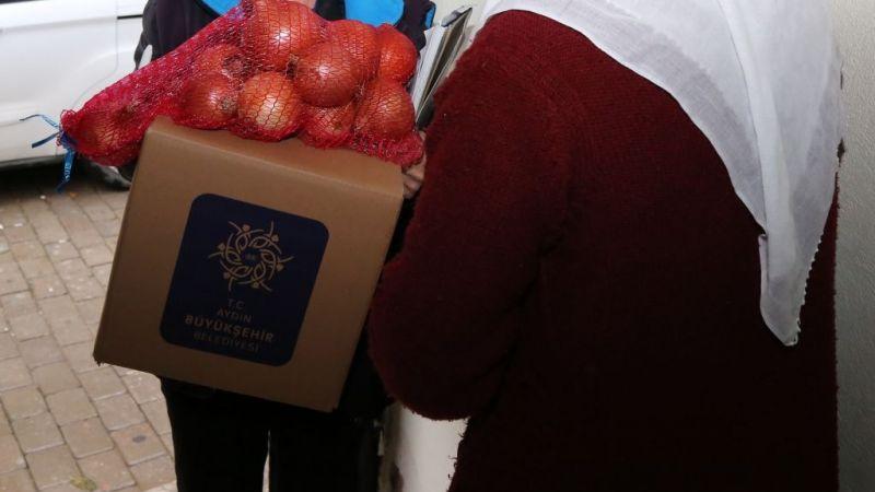 Büyükşehir patates ve soğan üreticisine destek oldu