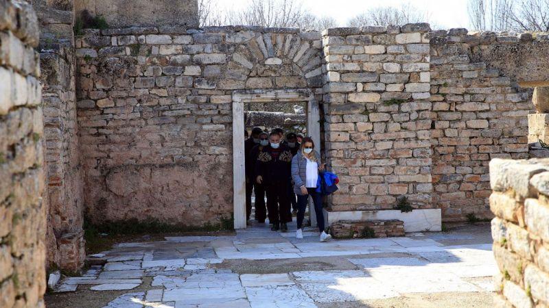 Tur operatörleri ve rehberler, Afrodisyas Antik Kenti'ni gezdi
